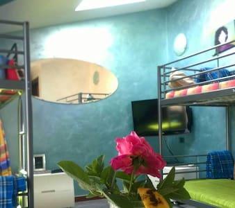 Hostel Water Room - Bed & Breakfast