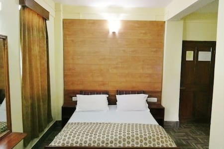 Cosy Room with Breakfast - East Sikkim