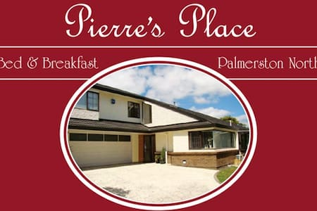 Pierre's Place - Palmerston North - Bed & Breakfast