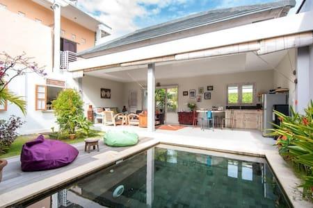 Quiet, Nice and Affordable 2 BR Villa in Jimbaran - South Kuta