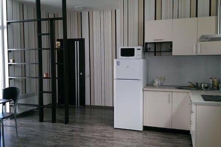 Уютный 2-х комнатный дом с барбекю - Appartement