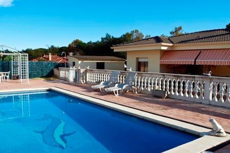 Villa Ebro Budhaholidays - Sils