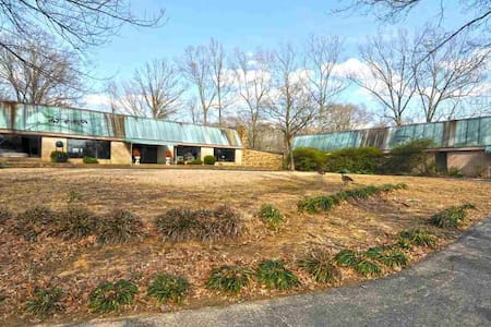 6000 sq ft Newly Remodeled Private, Lake, Nature - Memphis - Hús