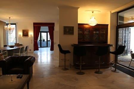 Villa in Bonn Bad Godesberg - Bonn