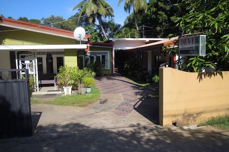 Devi Tourist Home - Gästehaus
