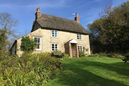 Stunning remote period cottage minutes from beach - Ringstead - Pension