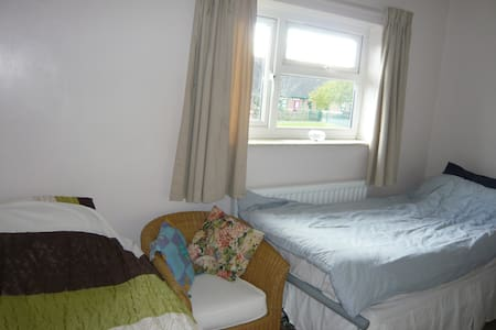 Comfortable and cosy double room - House
