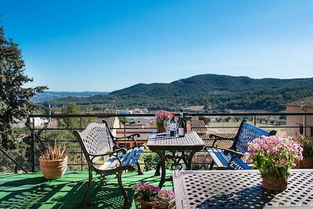 Villa Ronda in the mountains of Tarragona, only 7km from the beach! - Tarragone