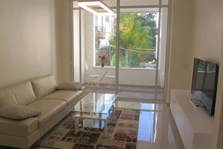 New tel-aviv center 2BR+parking