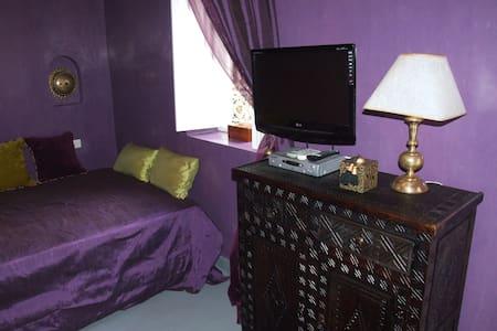 Chambre à louer mauve - Marrakesh - Bed & Breakfast