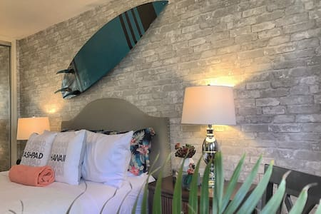 NEW: Waikiki Beach Aloha - Appartement