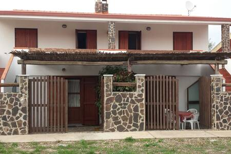 Casa grazioza a Mandriola - Mandriola - Hus