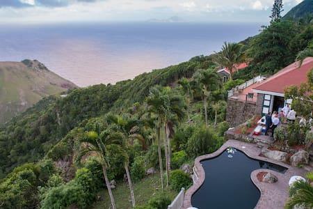Saba's Finest and Largest Villa - Windward Side - Villa