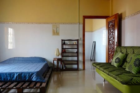 Best Location Airbnb in Phnom Penh - Wohnung