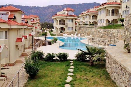 5 Lakeside Akkaya Valley - Villa