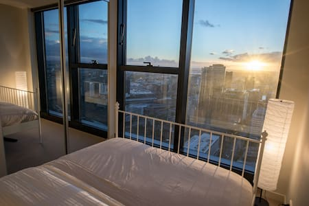 SkyHigh Sweeping Bay Views from the heart of CBD - Melbourne - Daire