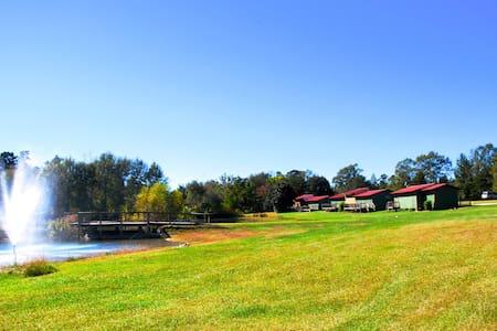 Oak Tree Campground & Retreat Center Group Cabin 2 - Cabin