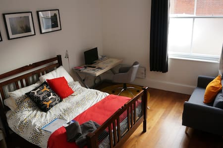 private room in historic town - King's Lynn - Apartamento
