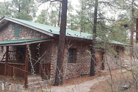 Pueblo Canyon Inn Guest Cottage - Los Alamos - Rumah