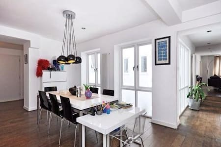 Two bedroom  120sq metre apartment in Clerkenwell - Londra - Appartamento
