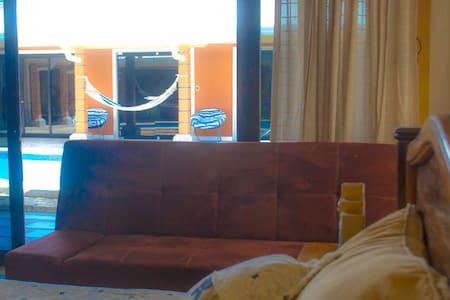 Cerca del Aeropuerto Int. Liberia - Apartment
