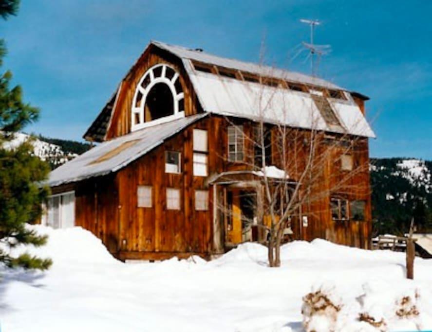 Sublime Mountain Retreat