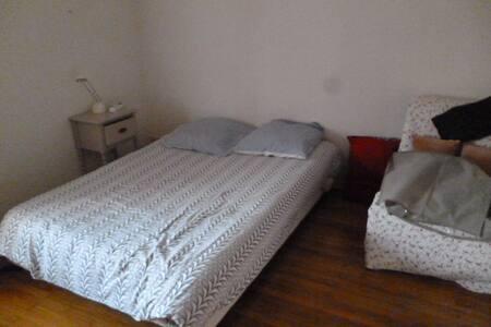 chambre meublée - Lons-le-Saunier