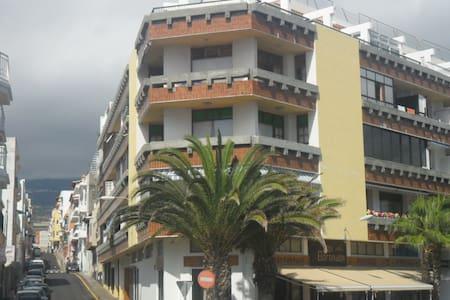 Top 20 holiday lettings playa san juan holiday rentals apartments airbnb playa san juan - Apartamentos en playa san juan tenerife ...