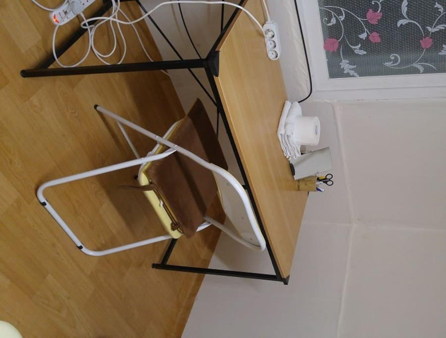 Table & Desk chairs (MAX two)