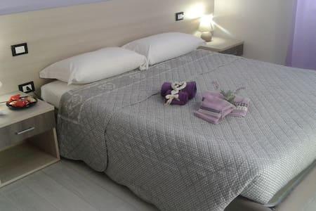 La Casa di Bianca - Violet Room - House