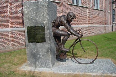 Hartje Vlaanderen - Ház