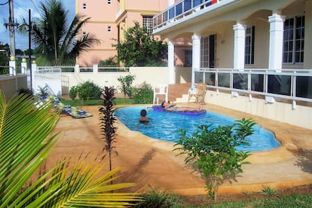 FITA RESIDENCE - Spacious, seaview, pool, SECURITY - Lakás