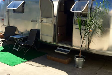 Vintage Airstream in the Heart of the Peninsula - 圣马特奥