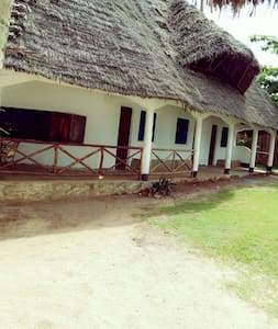 Little David Lodge - Kizimkazi Mtendeni - Bed & Breakfast