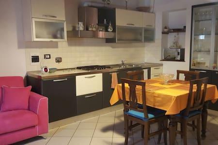 Appartamento nel centro storico di Montespertoli - Montespertoli
