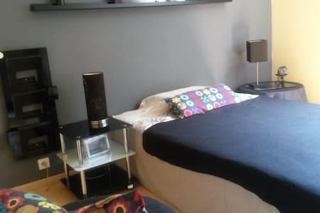 chambre double tout confort - Lägenhet