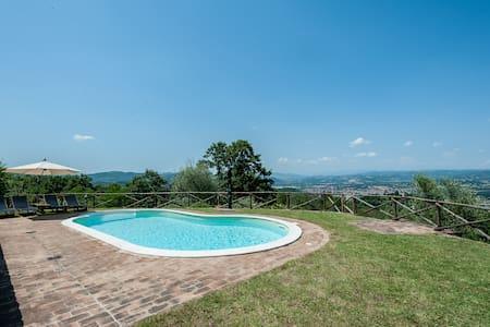 Casa con piscina privata - Umbertide - Hus