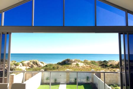 Luxury Beach House - Rumah