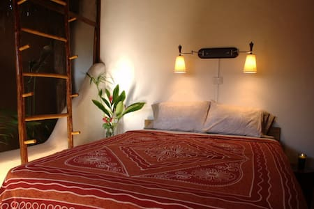 Bali Style Apartment - in town - Bacalar