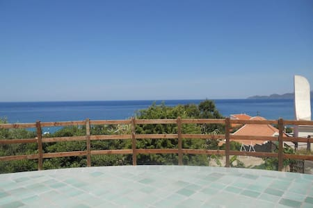 Terrace appartement with see view - Porto Alabe - Apartemen
