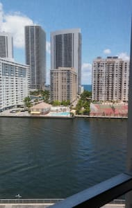 Beautiful condo close to the beach - Appartement