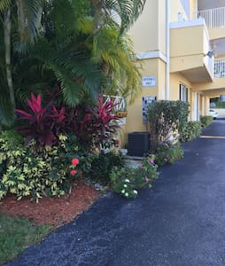 Welcome to Island Paradise! - Key Biscayne - Apartment