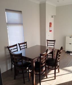 Brand New Apartment - Morley