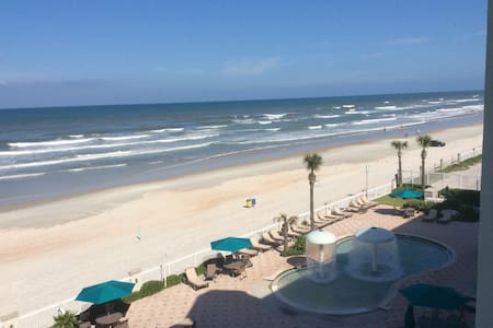 Daytona Beach Resort #416 Ocean front - Condominium