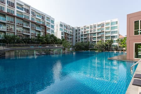 Pool view apartment in seacraze - Hua Hin