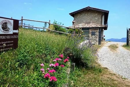 B&B Il pero selvatico, casa intera - Bobbio - Bed & Breakfast