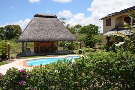 La Maison Soleil - two bedrooms apt - Trou d'Eau Douce - Villa