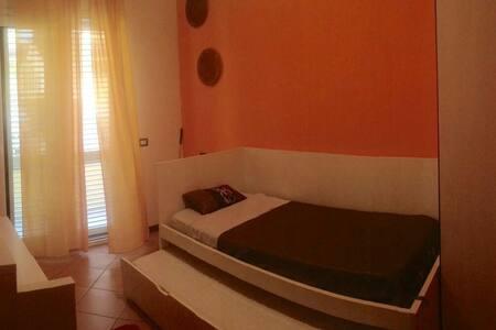Double room near Misano Circuit - Casa