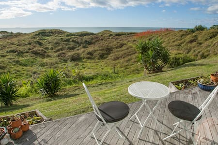Kiwibeachhouse.co.nz - The Cabin - Opotiki - Stuga
