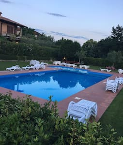 located only 5 min from Lazise center - Apartmen
